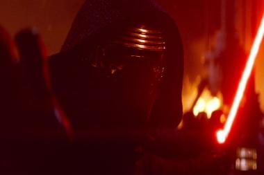 """זה כאן! הטריילר החדש של """"מלחמת הכוכבים: הכוח מתעורר"""""""