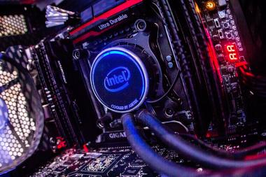 ESL חושפים מחשבים במהדורה מוגבלת לאליפות Intel Extreme Masters
