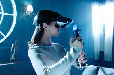 דיסני הכריזה כי היא עובדת על משקפי VR